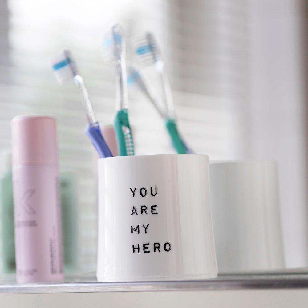 CHEERS NO. 2 YOU ARE MY HERO Superglas 250ml mit Druck