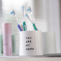 CHEERS NO. 2 YOU ARE MY HERO Superglas 250ml mit Druck